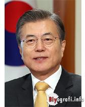 Moon Jae İn